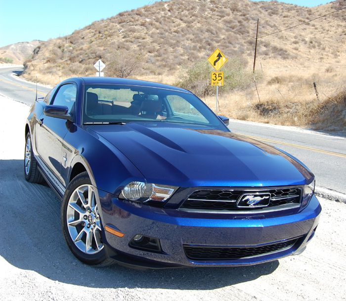 2010 V6 Ford Mustang