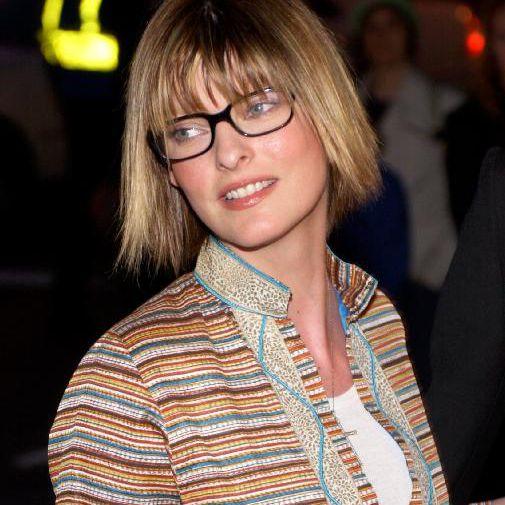 Model Linda Evangelista arrives at the benefit premiere of Enigma April 11, 2002 in New York City.