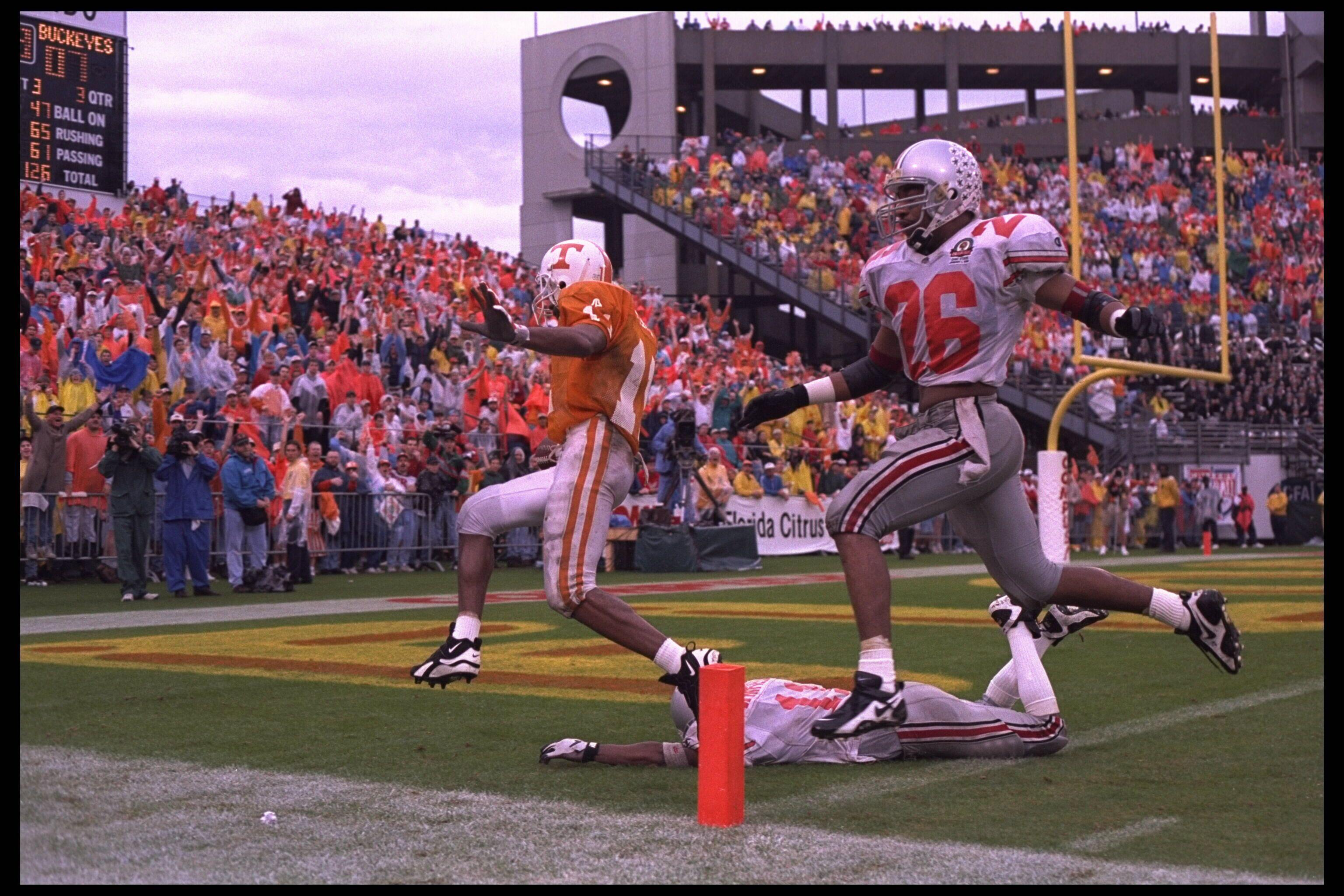 Joey Kent scoring a touchdown