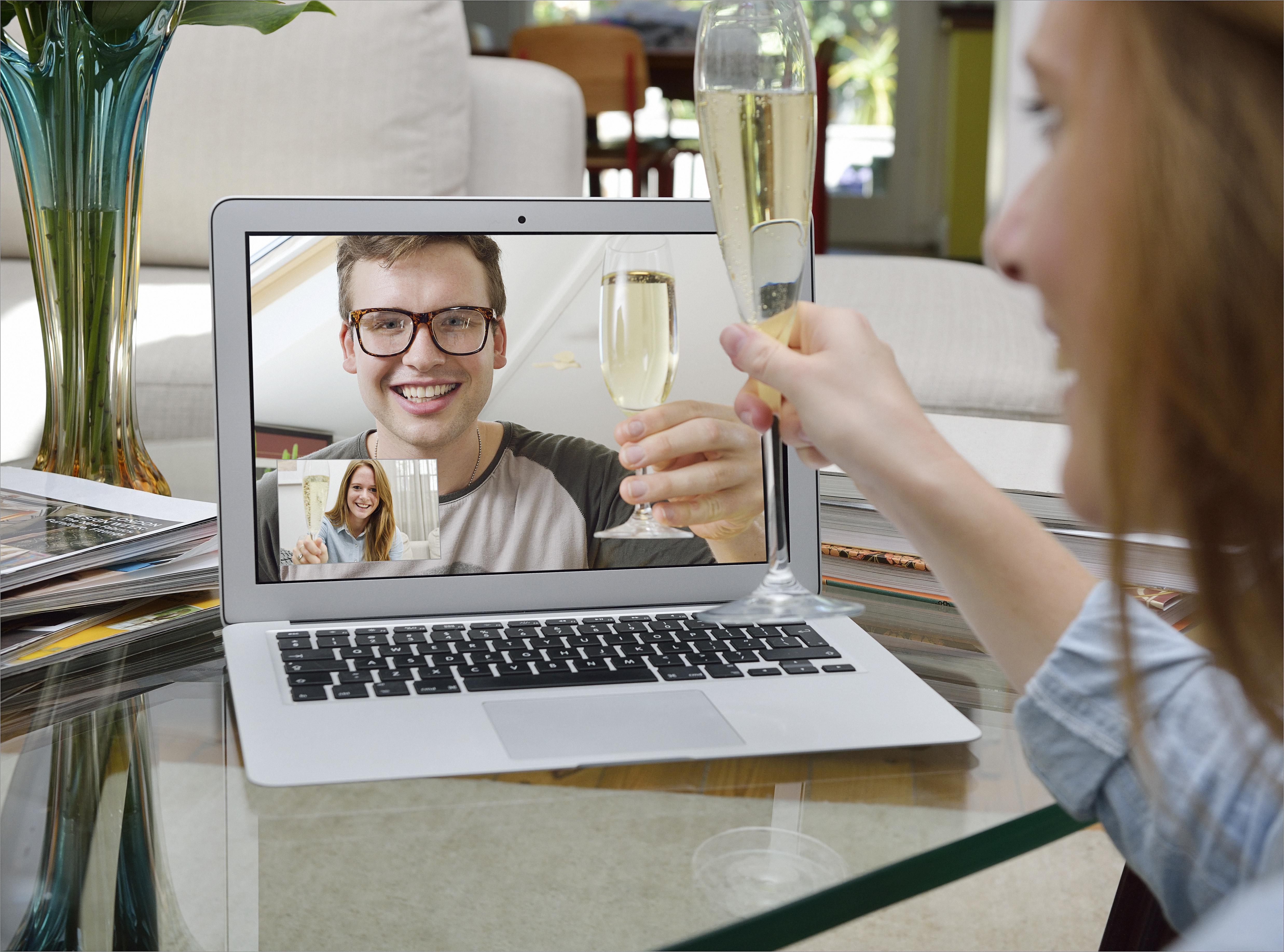 Bumble - Date Meet Network Better