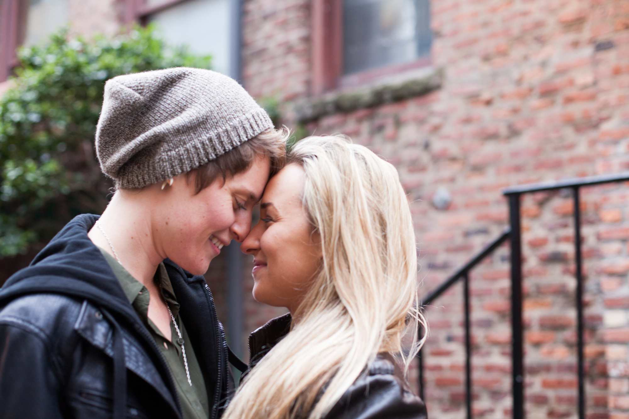 Young lesbian couple, non-specific urban setting