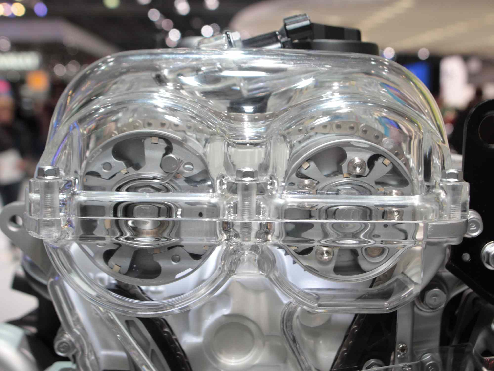 internal view of camshaft phasers to effect variable valve timing
