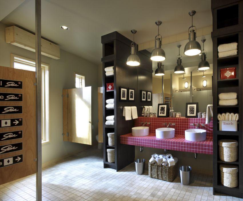 Photo of the 2011 HGTV Dream Home's ski dorm bathroom.