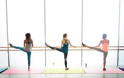 Exerciții la domiciliu pentru a slăbi picioarele și stomacul