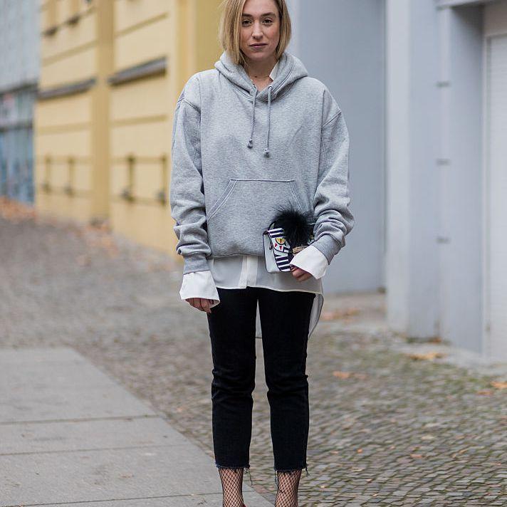 Street style - grey sweatshirt and black jeans