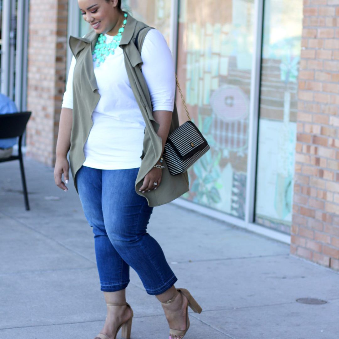 14 Plus Size Jeans Outfits That Will Turn Heads