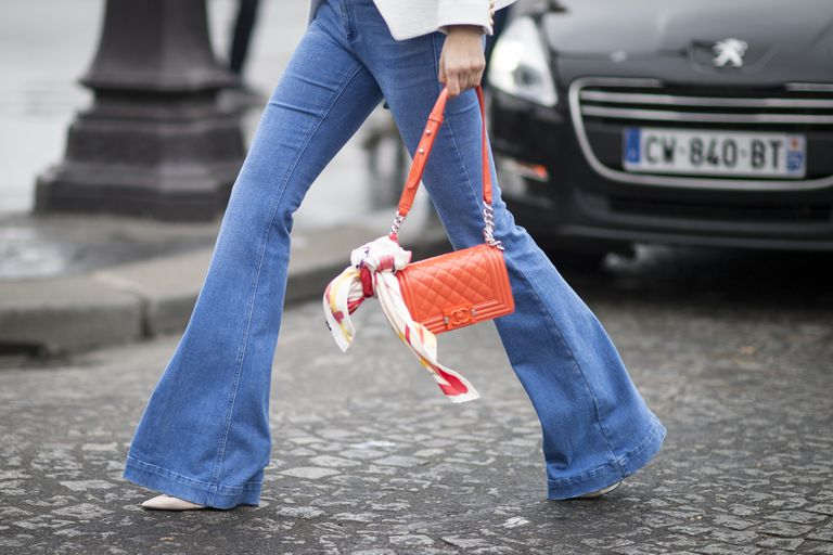 Street style fashion photo with flare jeans