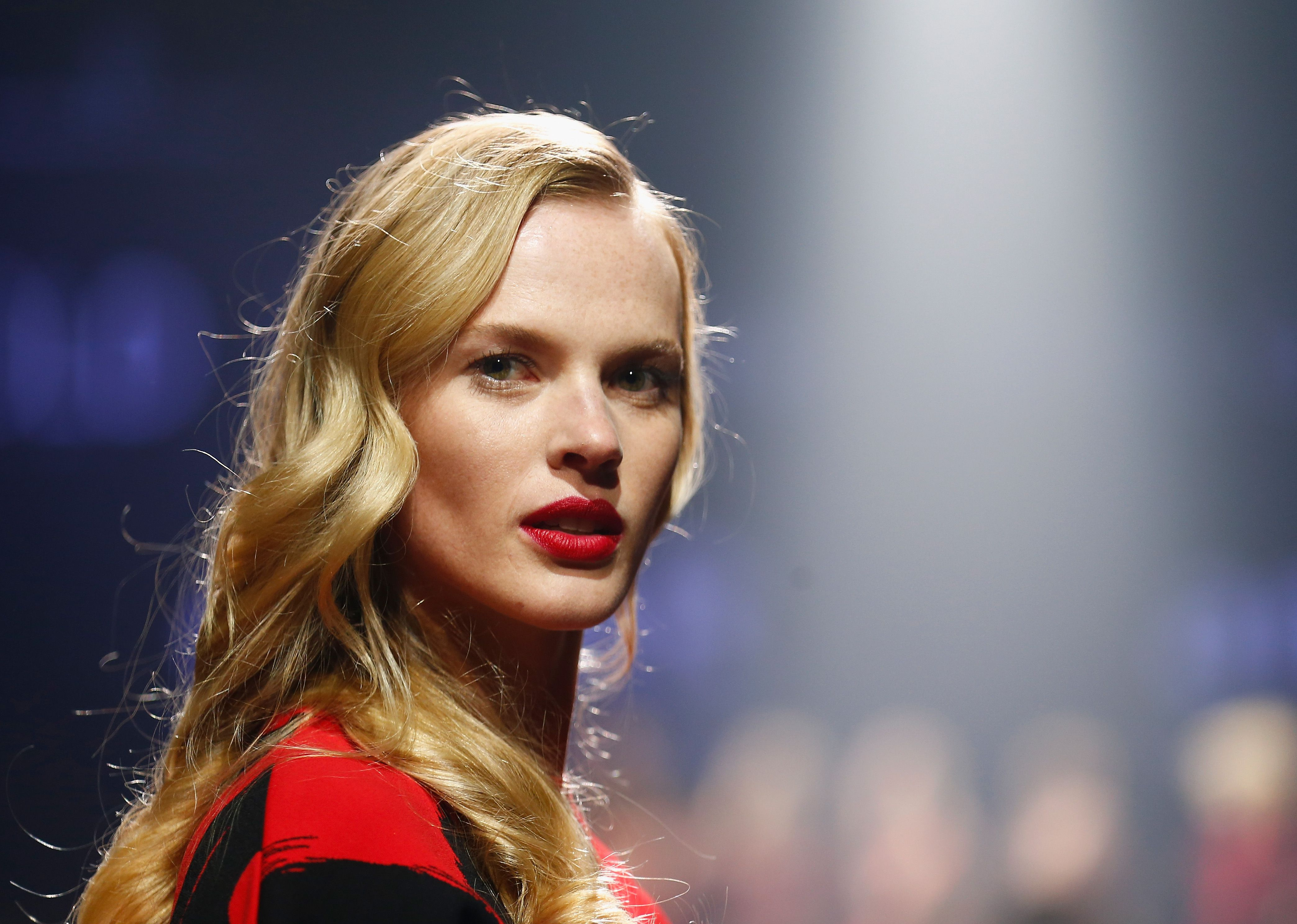 Anne Vyalitsyna—Makes Her Own Facials