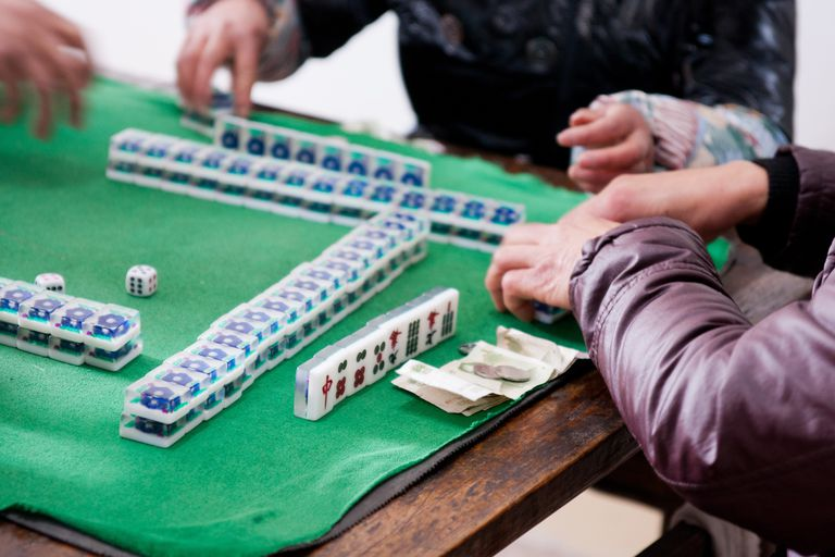 Mahjong gambling