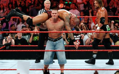 Batista Biography From Wwe Superstar To Guardian Of The Galaxy