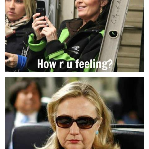 Hillary Clinton Text to Sarah Palin