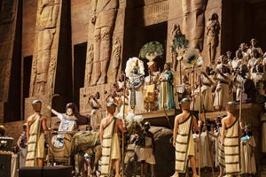 cast of Aida onstage at the Lincoln Center