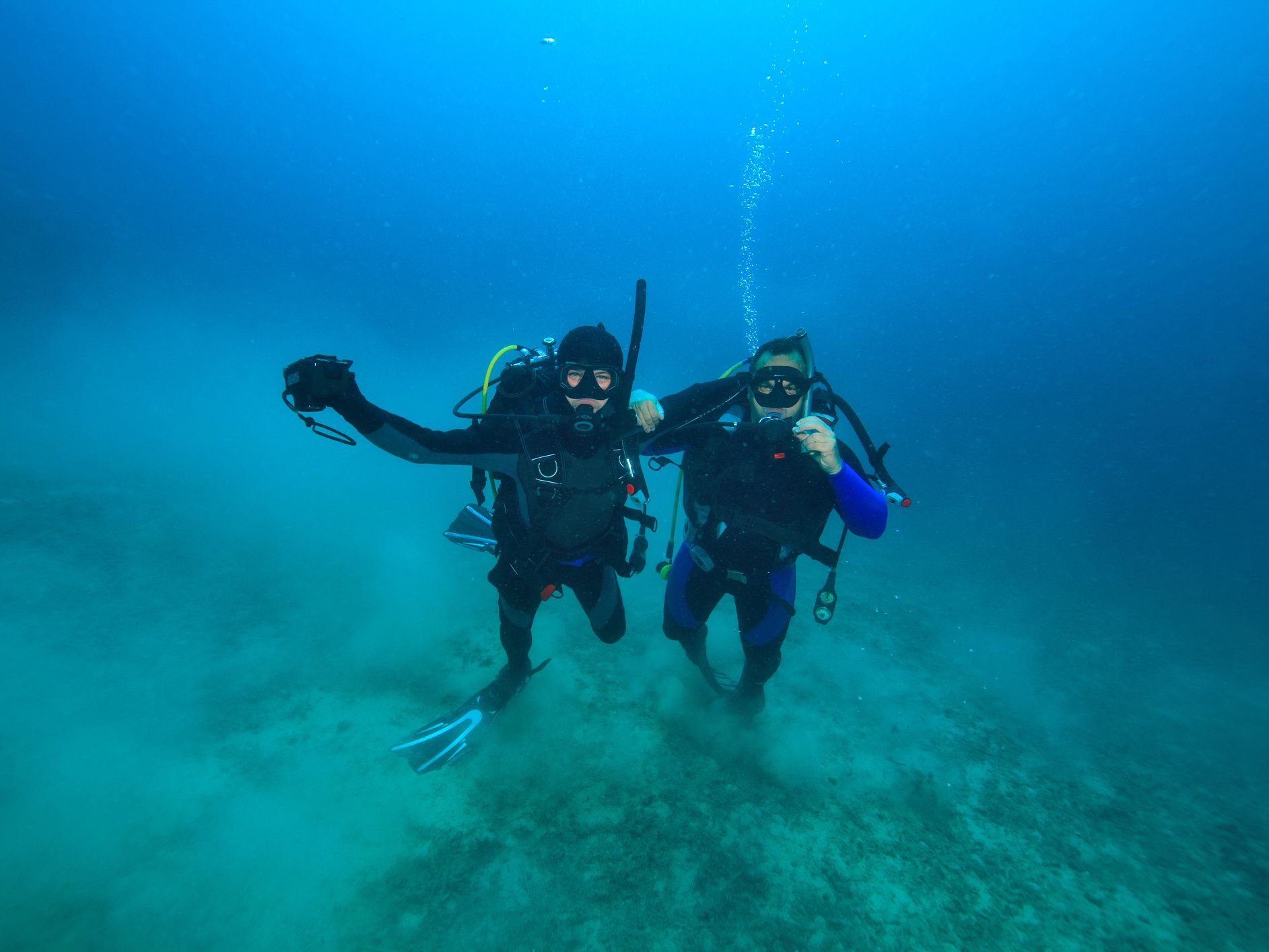 PADI's 4 Emergency Ascent Procedures for Low/Out of Air Situations