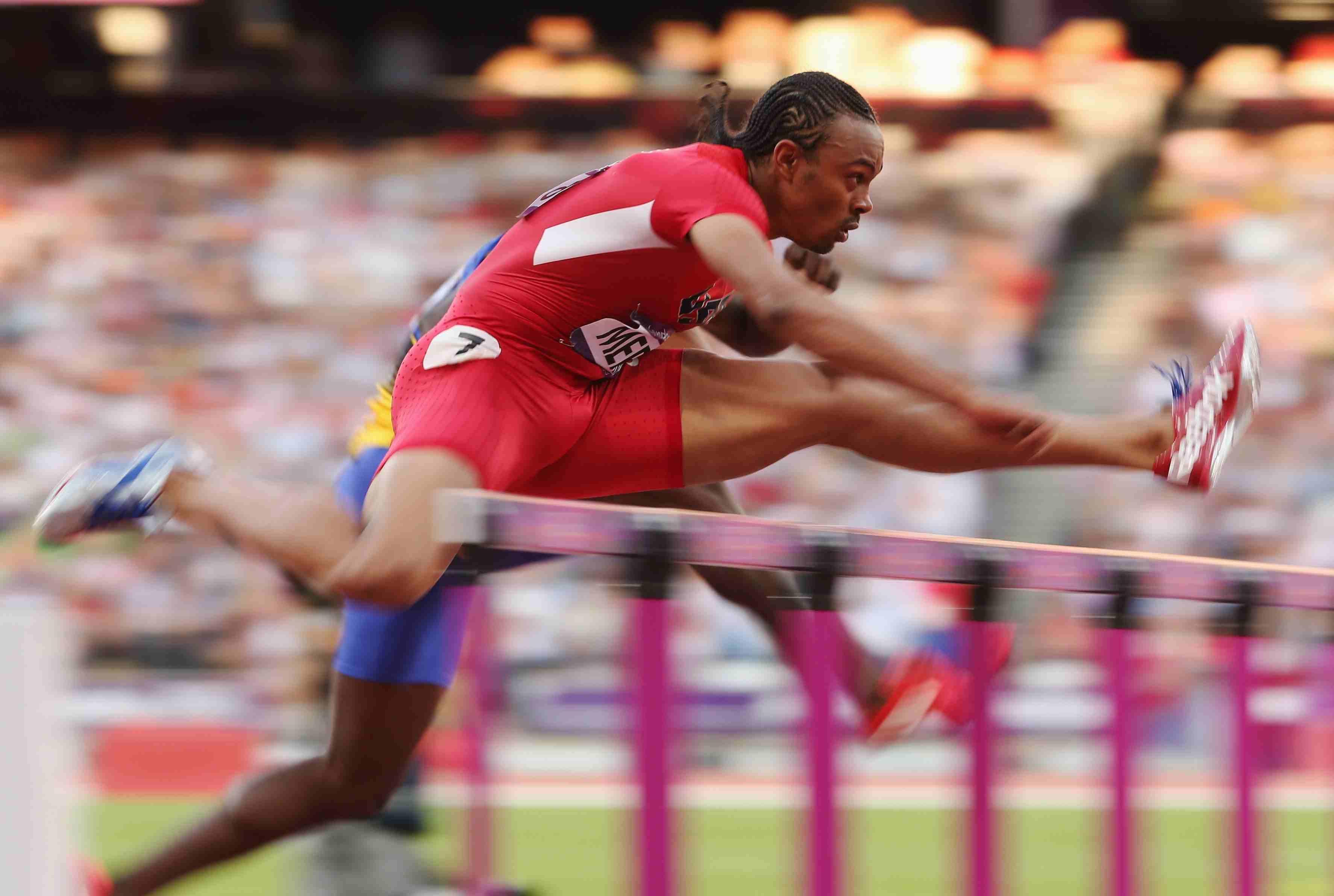 olympic hurdler harper run - HD3548×2384
