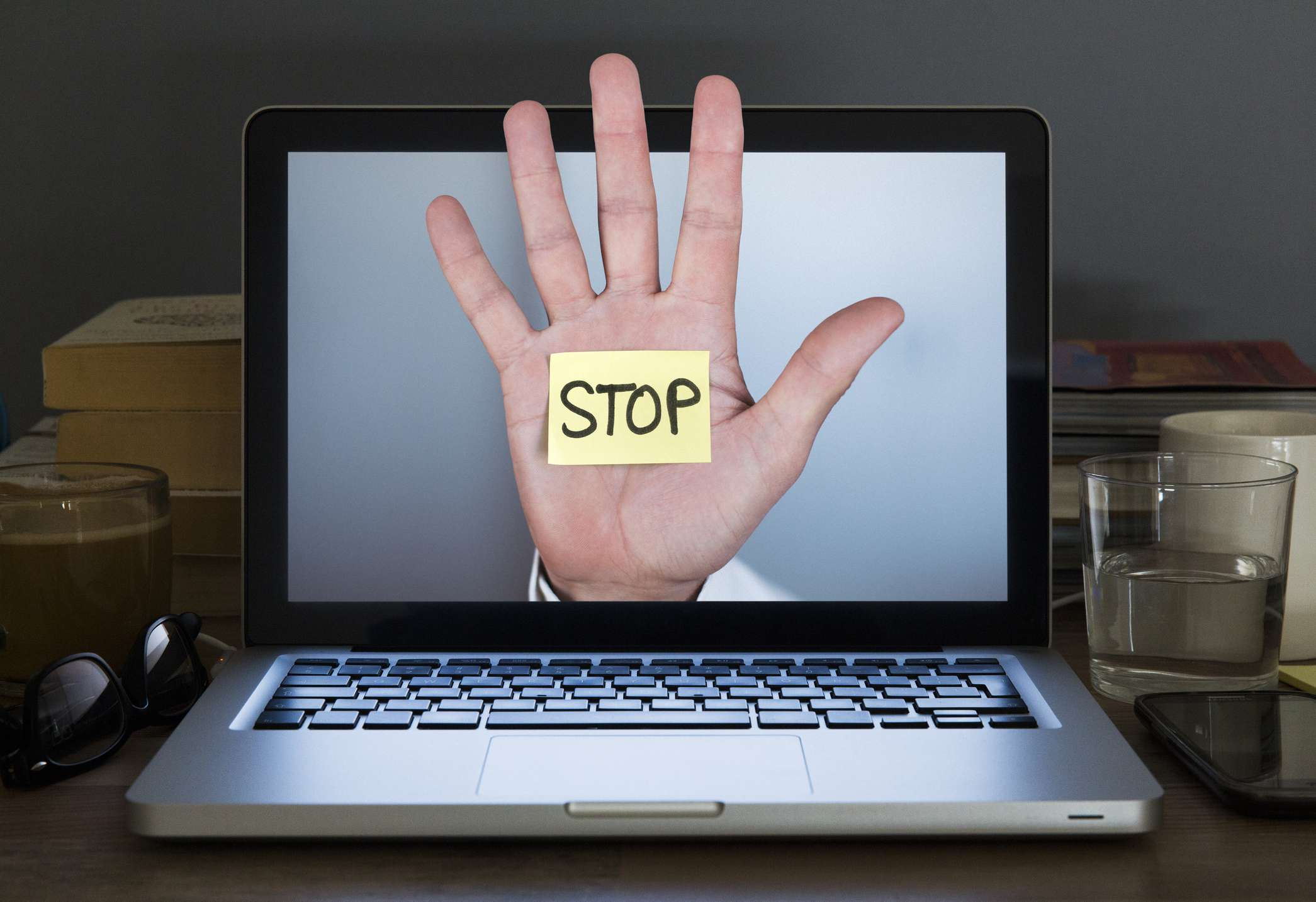 Image of a Hand Saying Stop