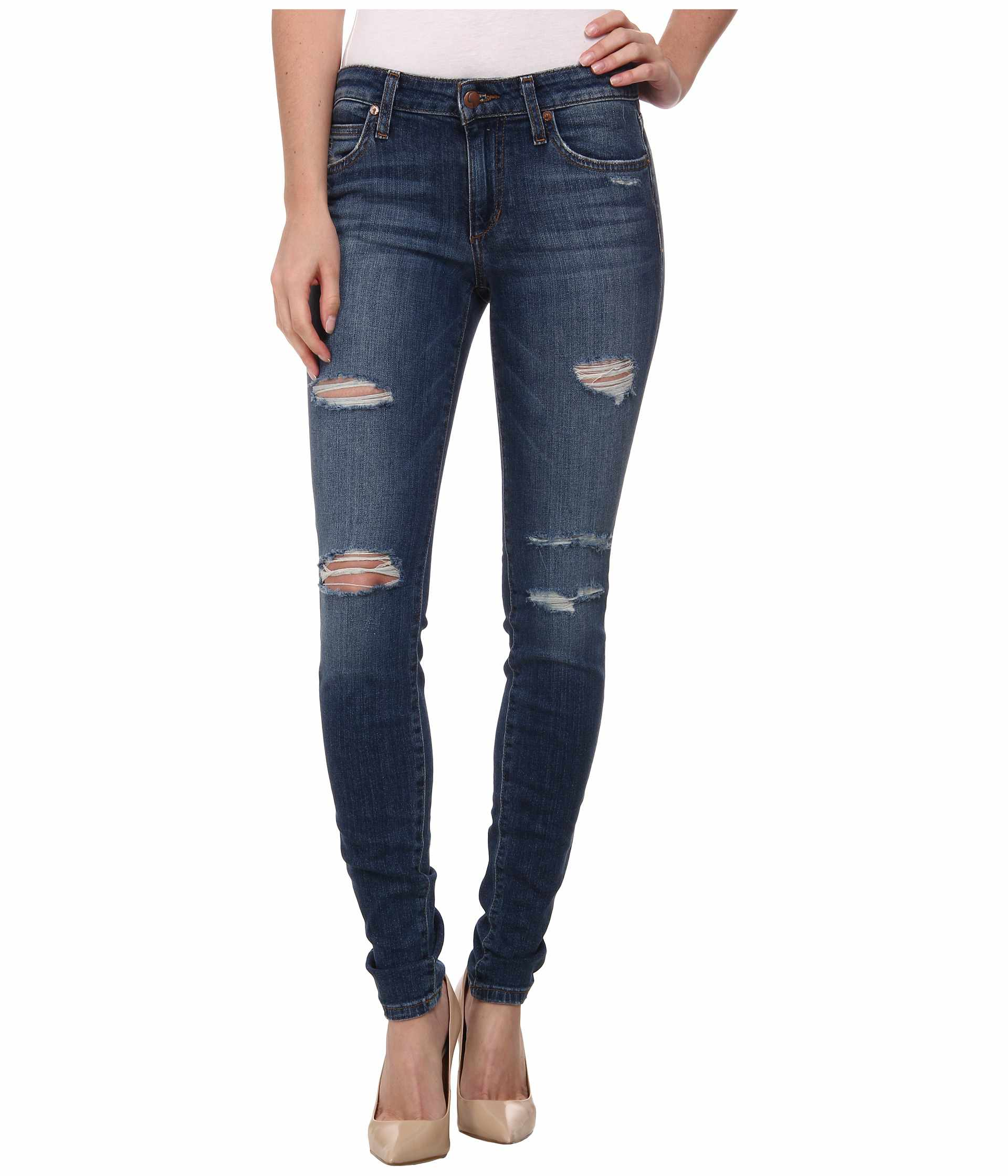 4cd01e3204c Jeans That Look Great on Short Women and Petites