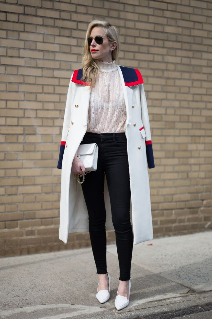 2d9b9daacd9 Date Outfit  Black Skinny Jeans and White Blouse