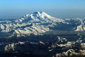Picture of Mount Elbrus in Russia