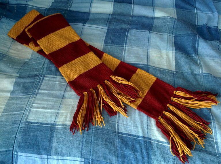 How To Crochet Your Own Gryffindor Scarf Interesting Hufflepuff Scarf Pattern