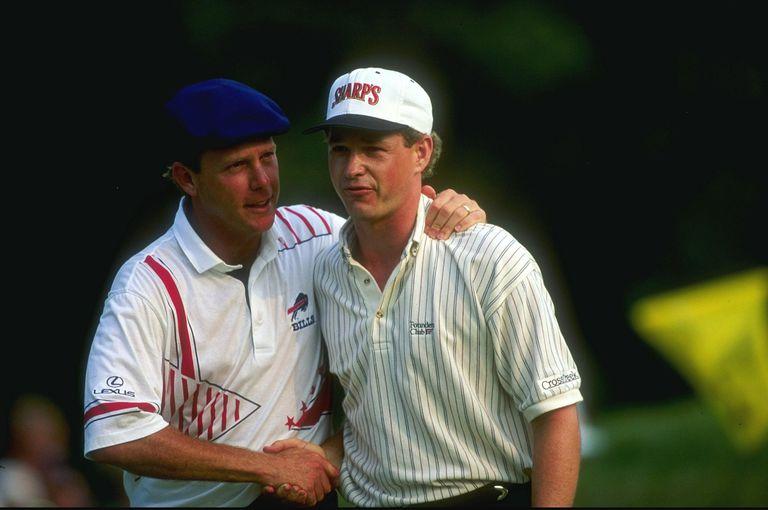 Payne Stewart congratulates 1993 US Open winner Lee Janzen