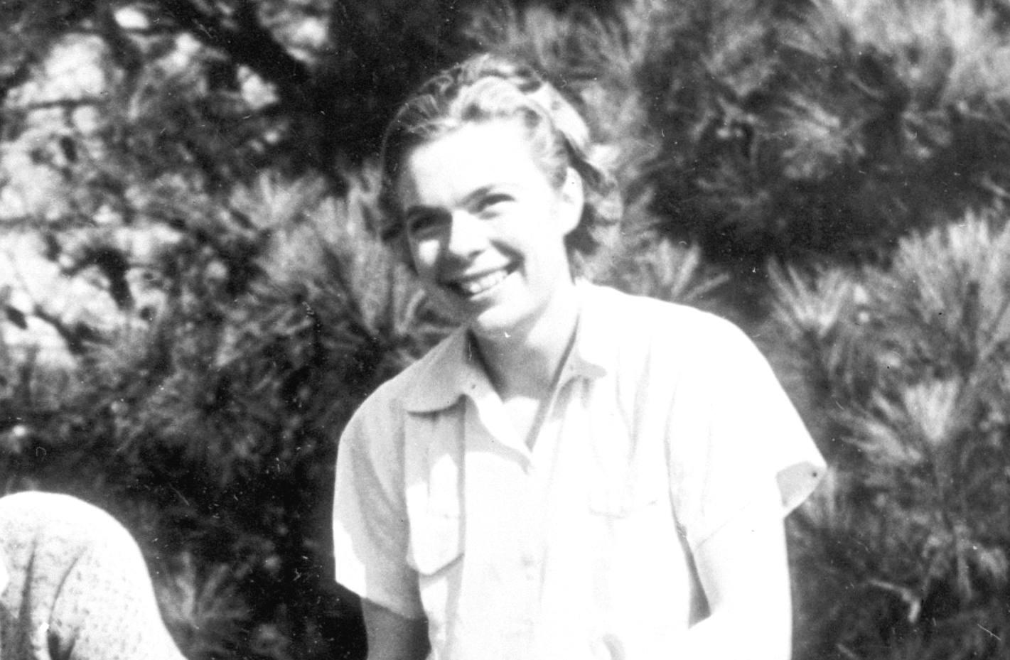Pro golfer Helen Dettweiler in 1938