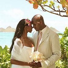 Photo of a couple getting married in Kailua, Oahu, Hawaii, USA.