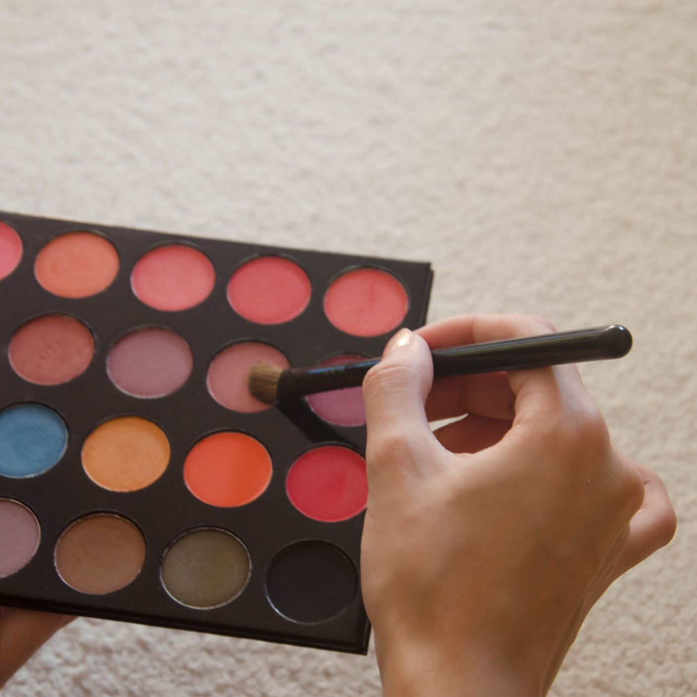 Premium Stage Makeup Vendors And Suppliers