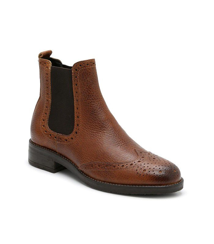 Chelsea boot with broguing