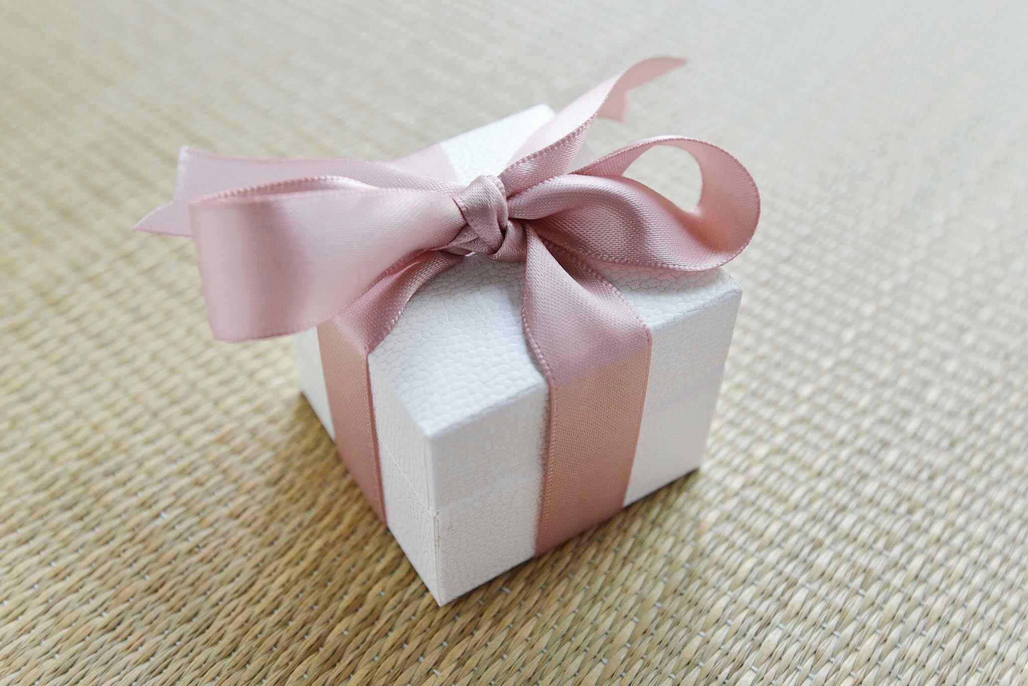 6 gift ideas for your kid's boyfriend or girlfiend
