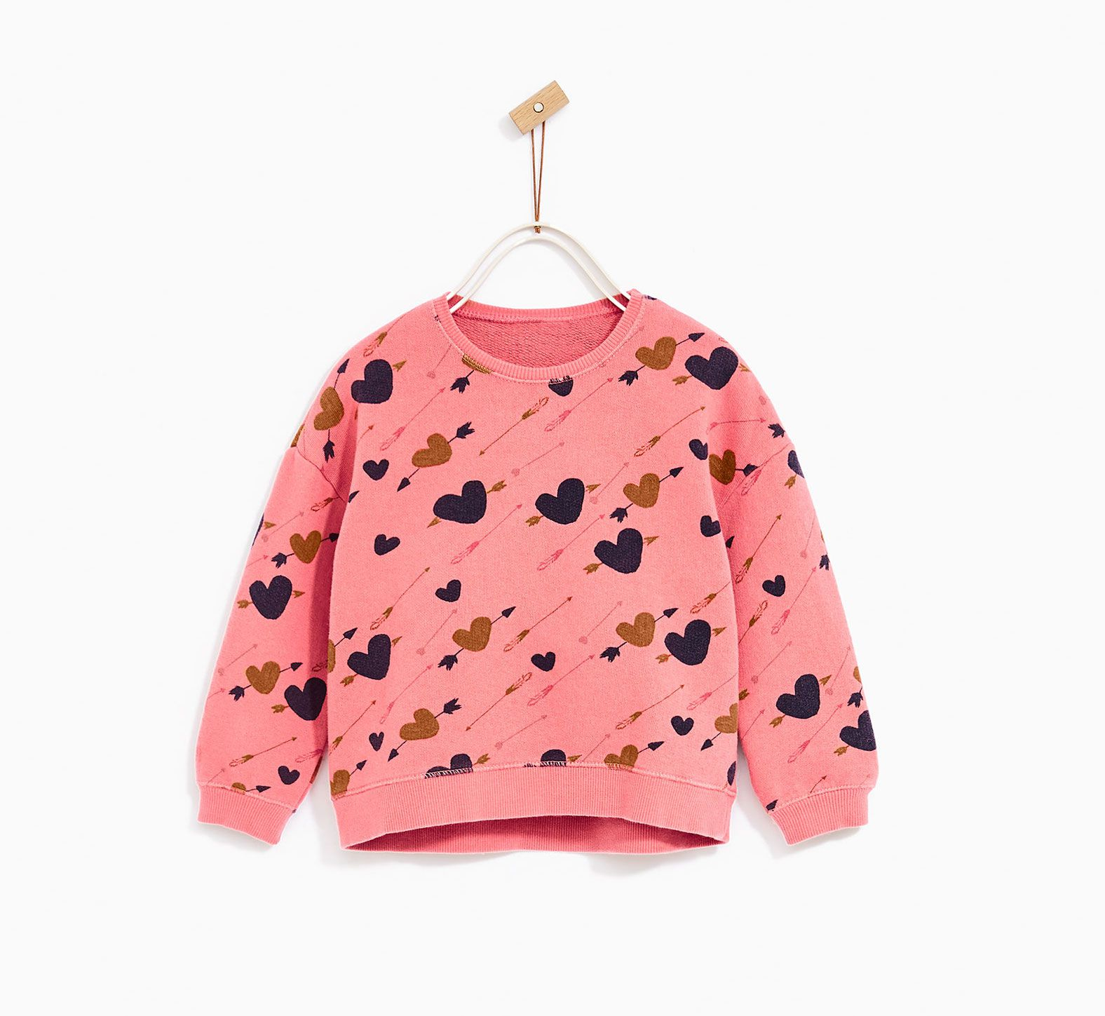 1a94b9fc836b 20 Sweet Valentine s Day Outfits for Babies