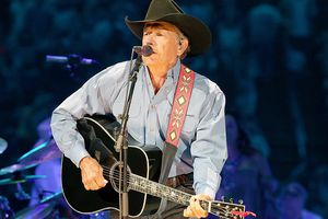 George Strait Performs In Concert