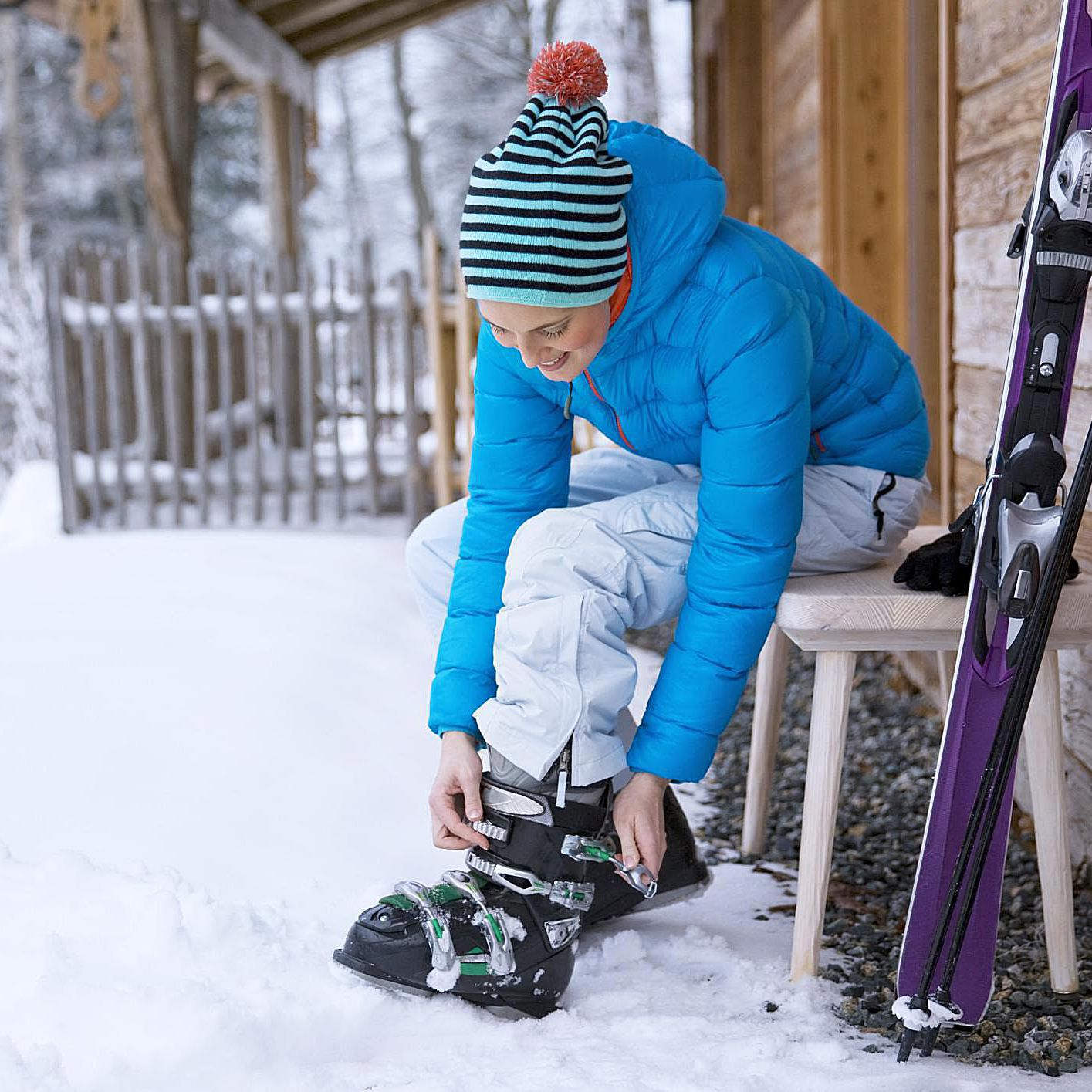 Buckle Your Ski Boots the Easy Way