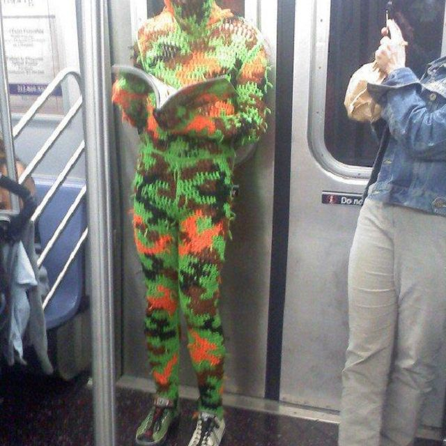 knit camo on subway