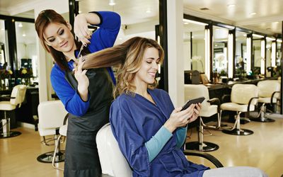 How Much Should You Tip For A Haircut