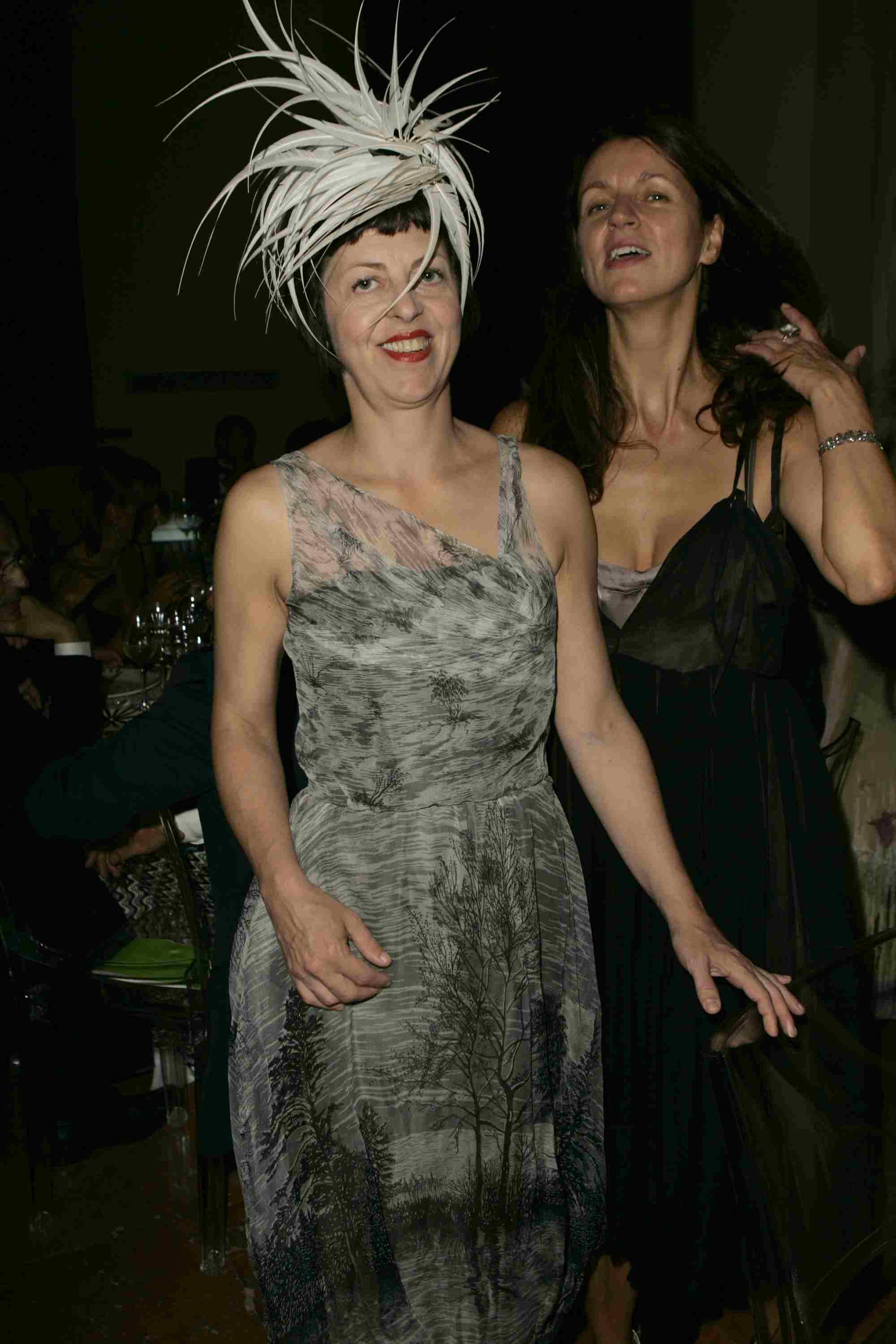Isabella Blow and Kala Otto at the amfAR's Cinema Against AIDS Venice in 2004