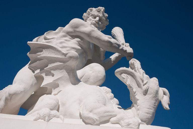 Hercules fighting a dragon