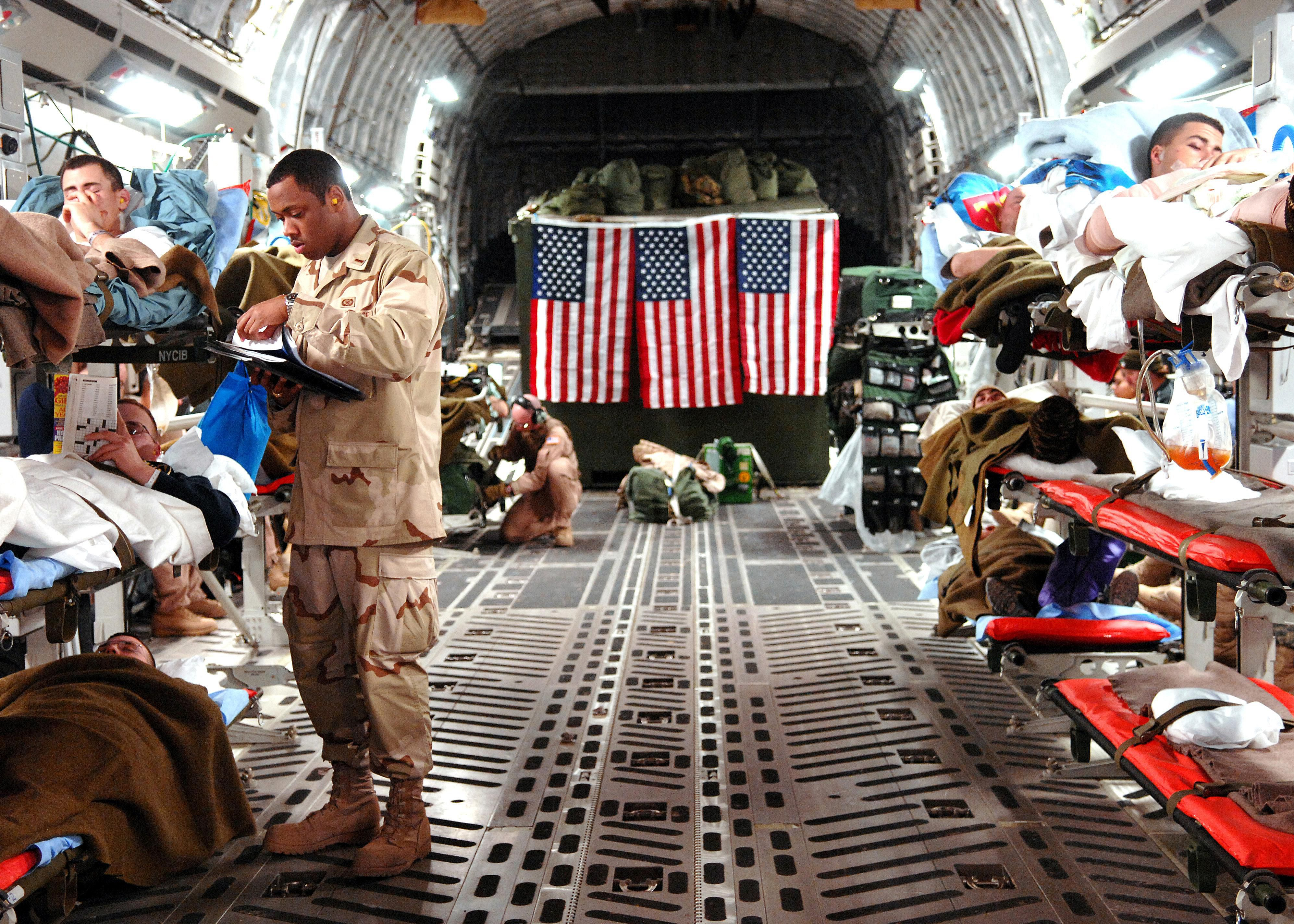 C-17_Medevac_mission,_Balad_AB,_Iraq.jpg