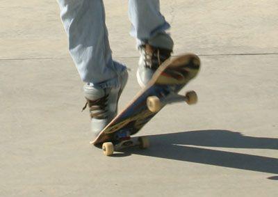 How To Pop Shuvit Skater: Matt Metcalf
