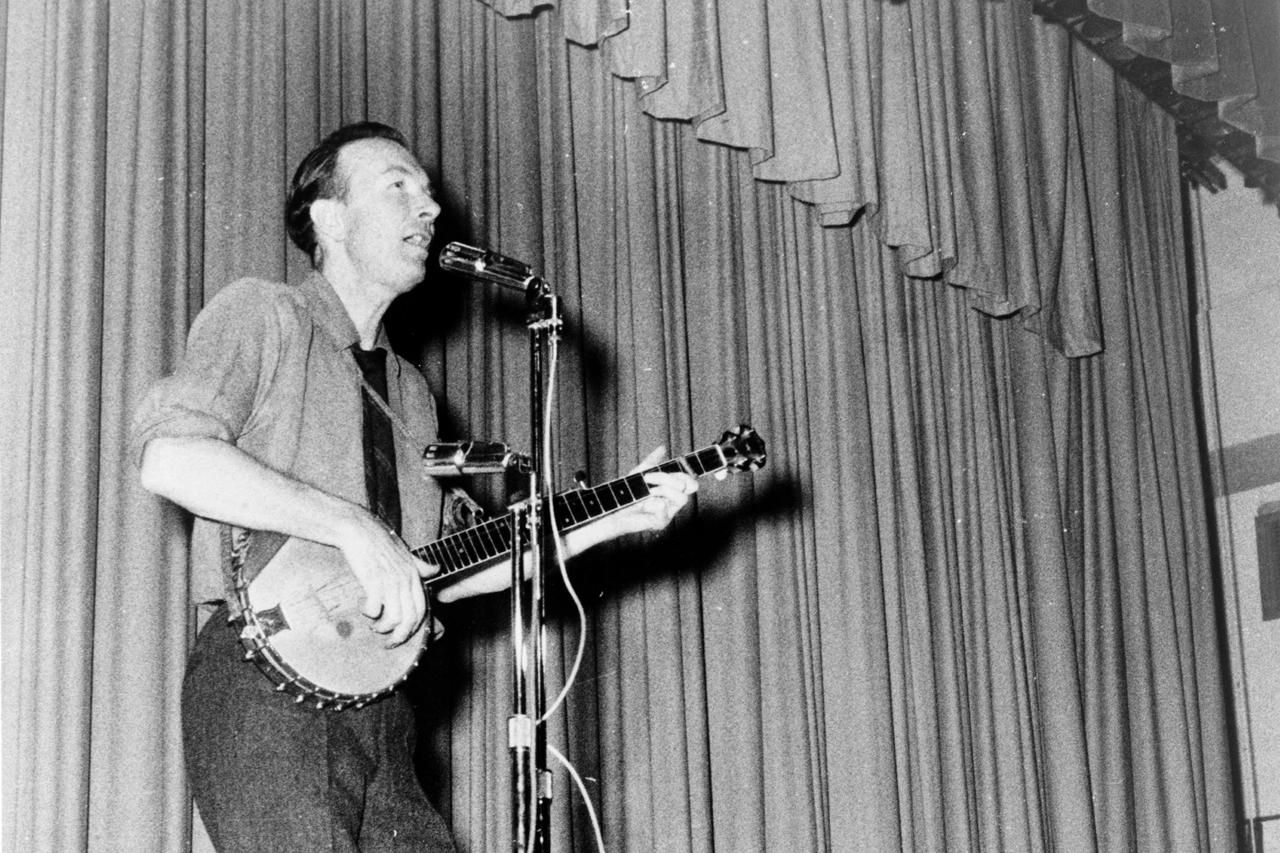 The Top Songs of the '60s Folk Revival