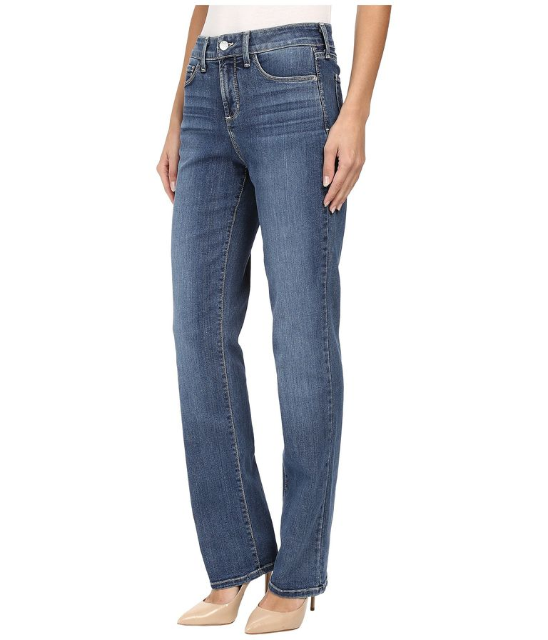 f2767d841e7cc The Best Boyfriend Jeans for Your Body Type