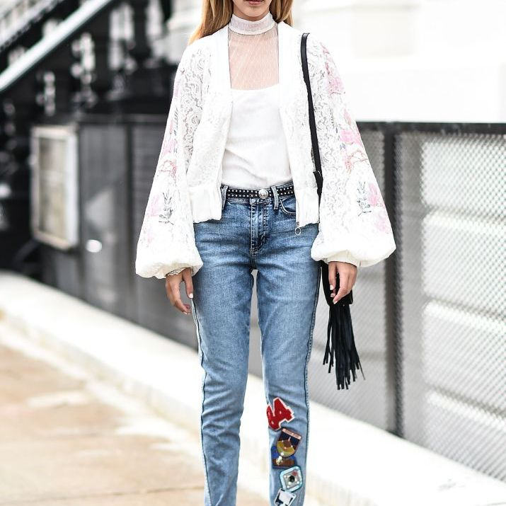 Street style jeans and lace top