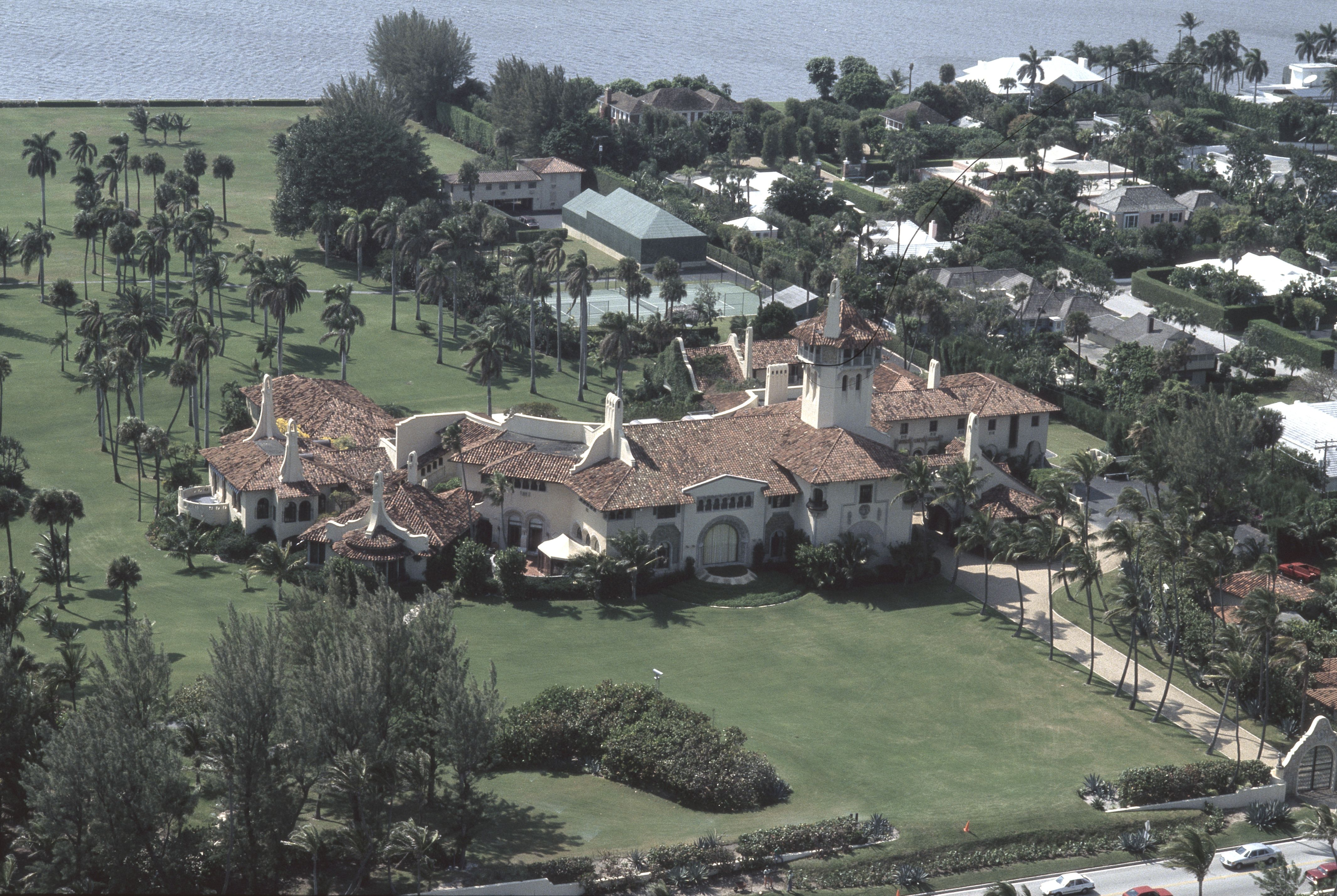 Mar-a-Lago viewed from the air in 1991