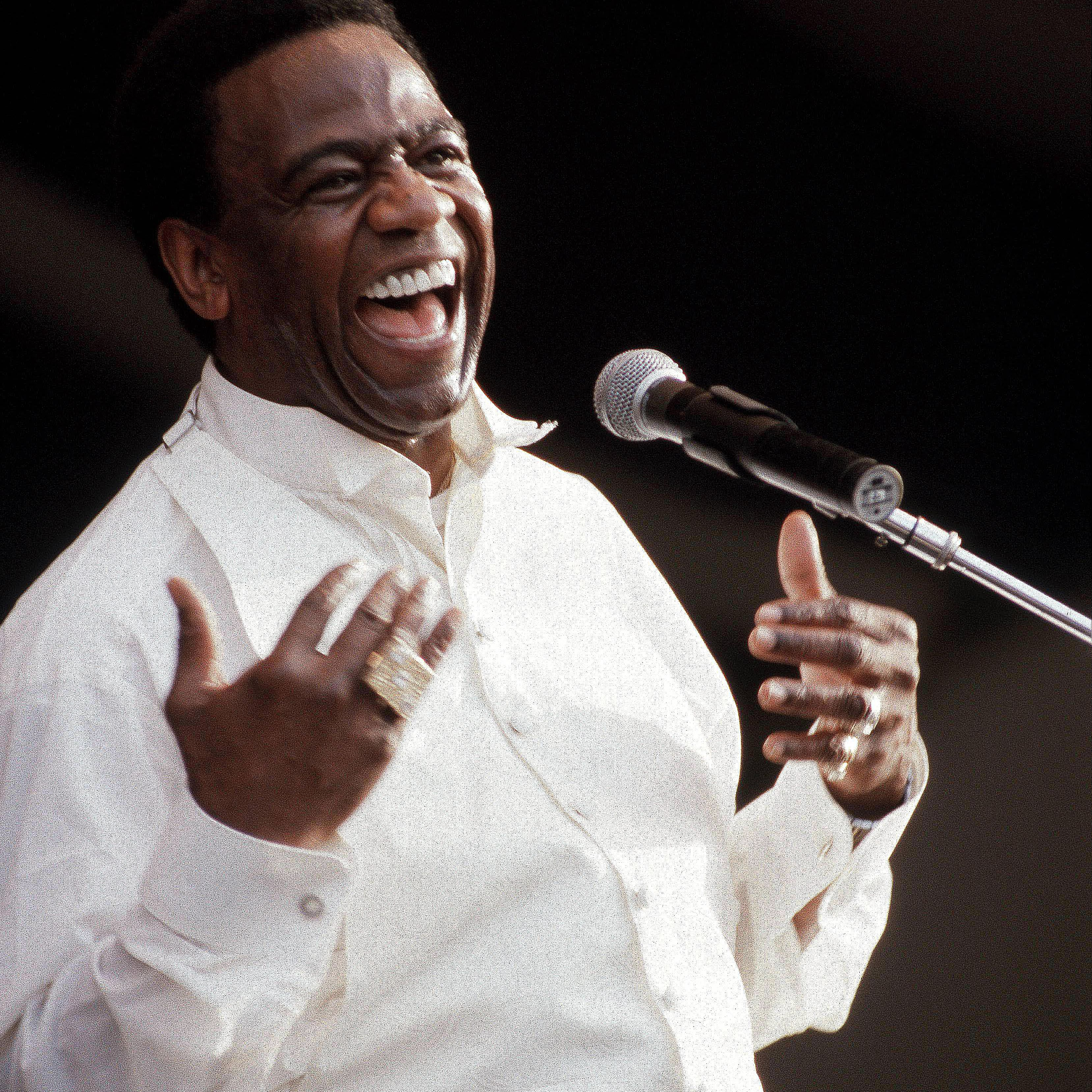 Al Green singing during a performance