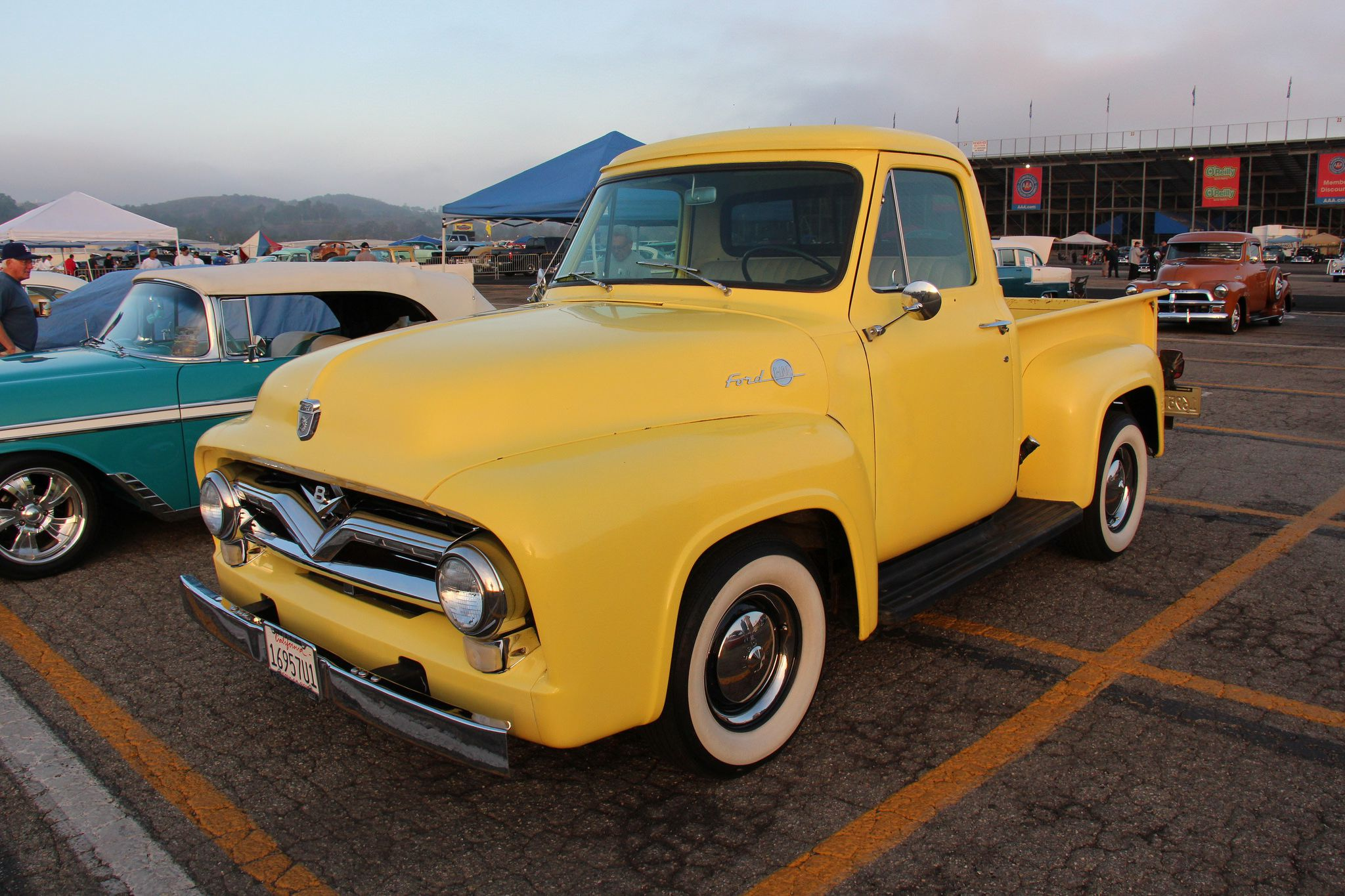 Legends Auto Ranch >> Pictures of 1953-1956 Ford F-100 Pickup Trucks