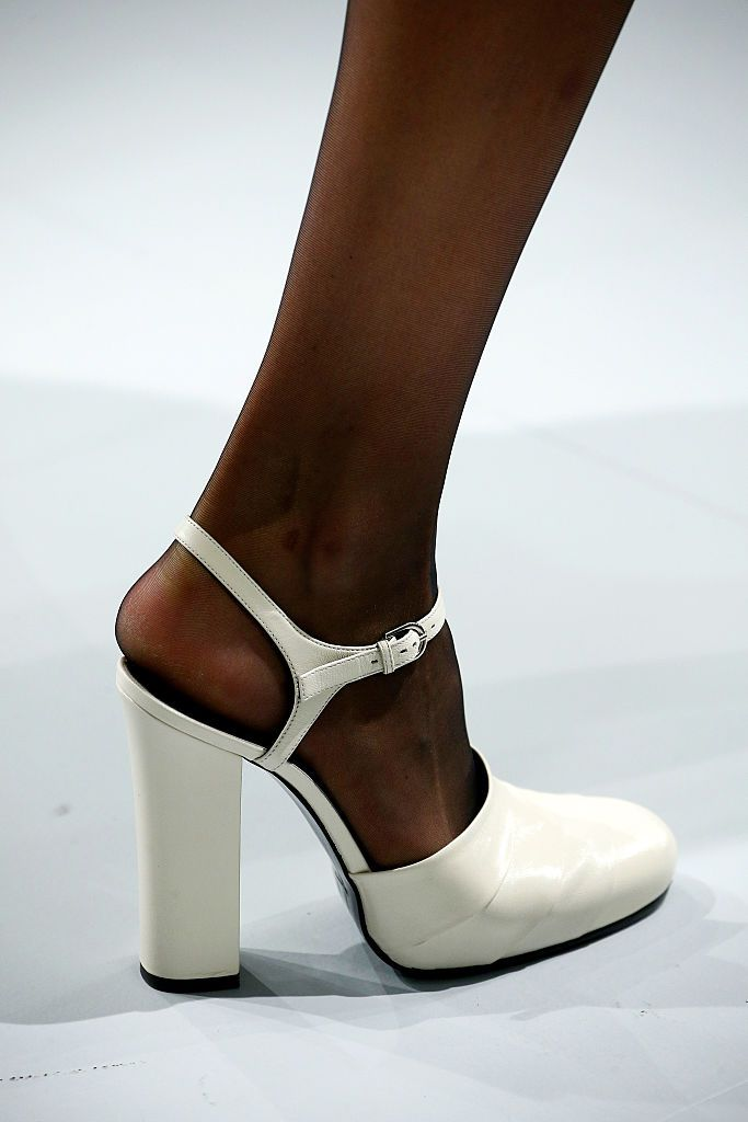 a55630756db 10 Worst Shoe Styles for Short Women