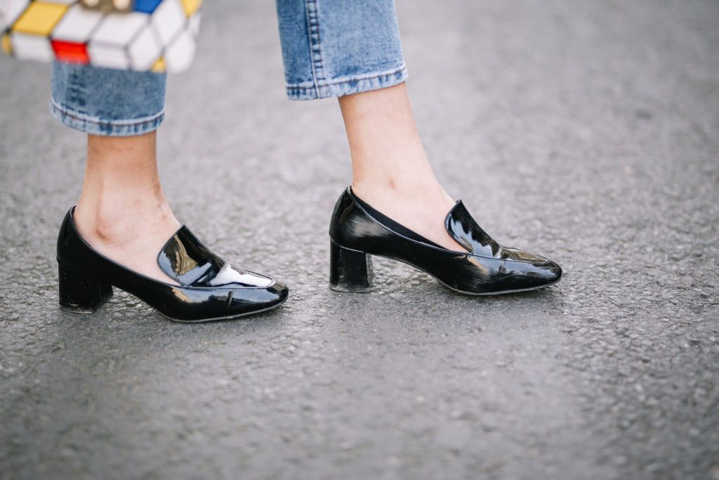 b451bf52377 Shoes to Wear With Cropped Ankle Length Jeans