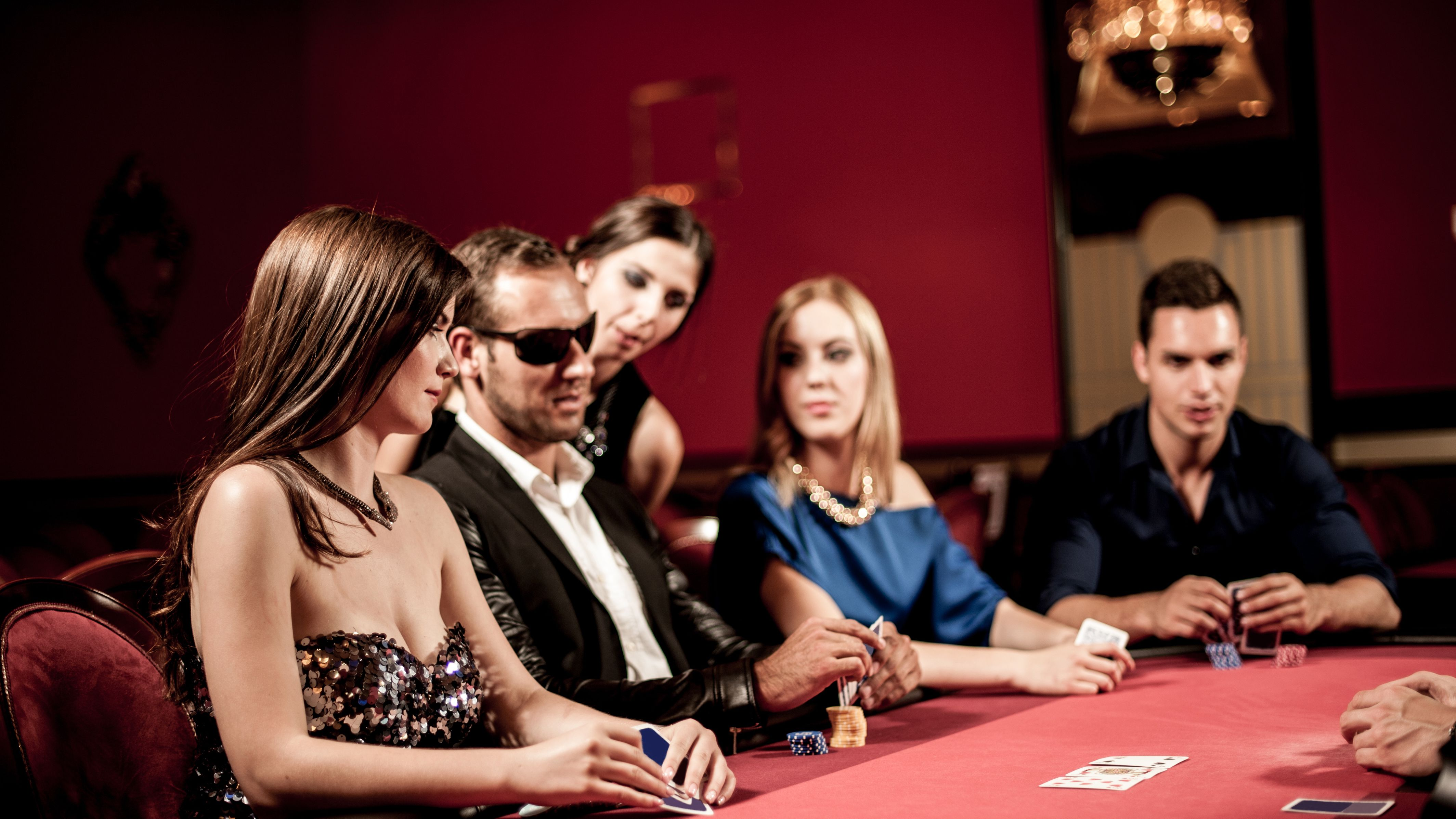 Empate a color poker