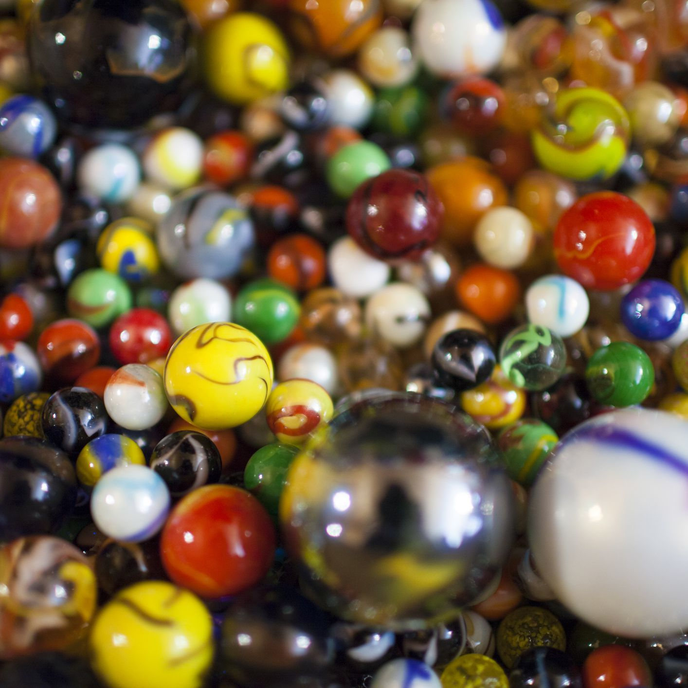 solid glass balls decorative.htm marble pictures and prices for collectors  marble pictures and prices for collectors