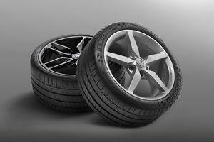 2014 Chevrolet Corvette tires