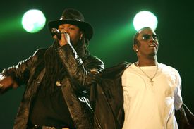 Busta Rhymes and P Diddy performing live